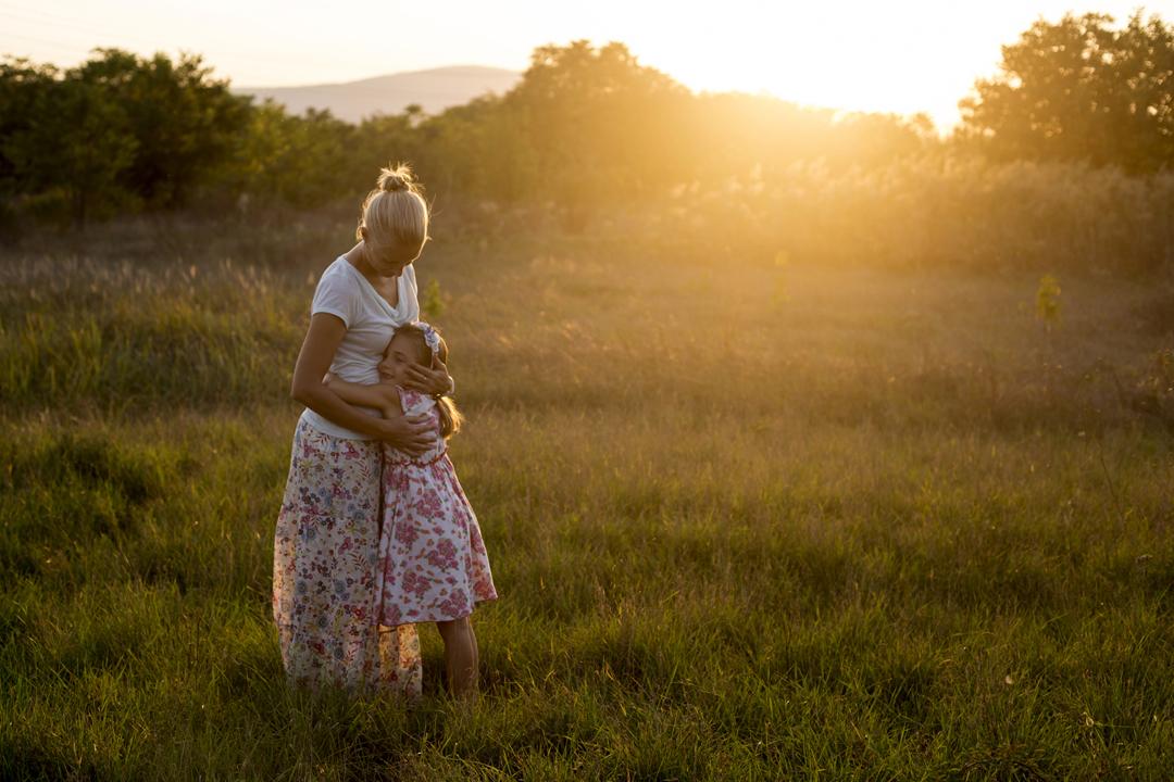 Szentendrei családfotó, anya és lánya